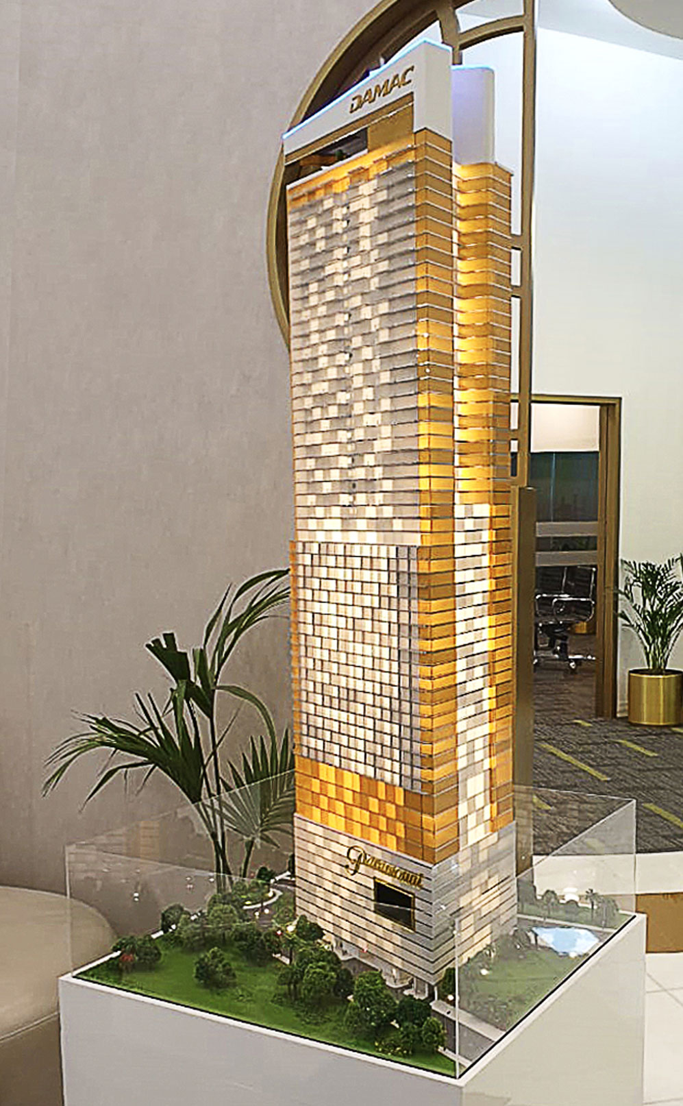 Paramount Towers by DAMAC